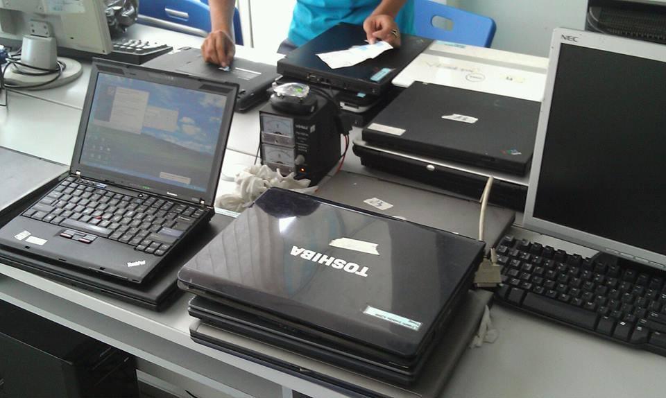 Sua-chua-laptop-qua-nong-huong-dan-xu-ly-laptop-loi-qua-nong